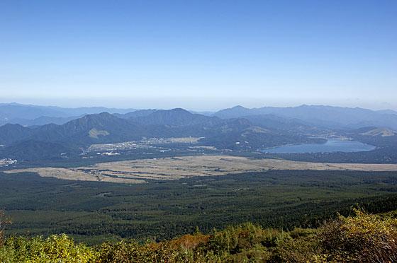 富士山より望む山中湖