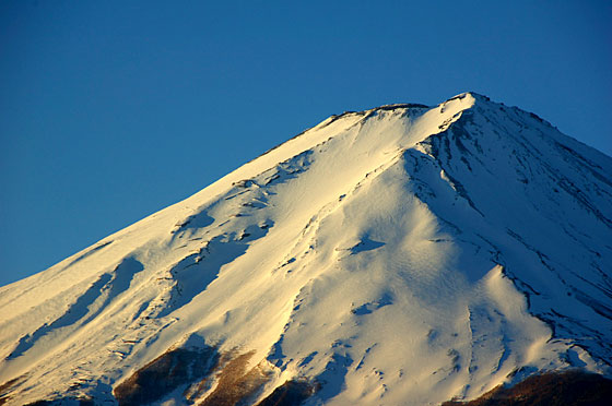 早朝の山頂写真