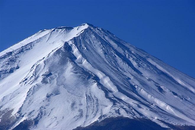 富士山頂の雪