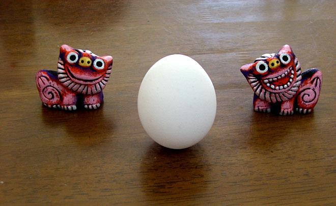 シーサーと生卵